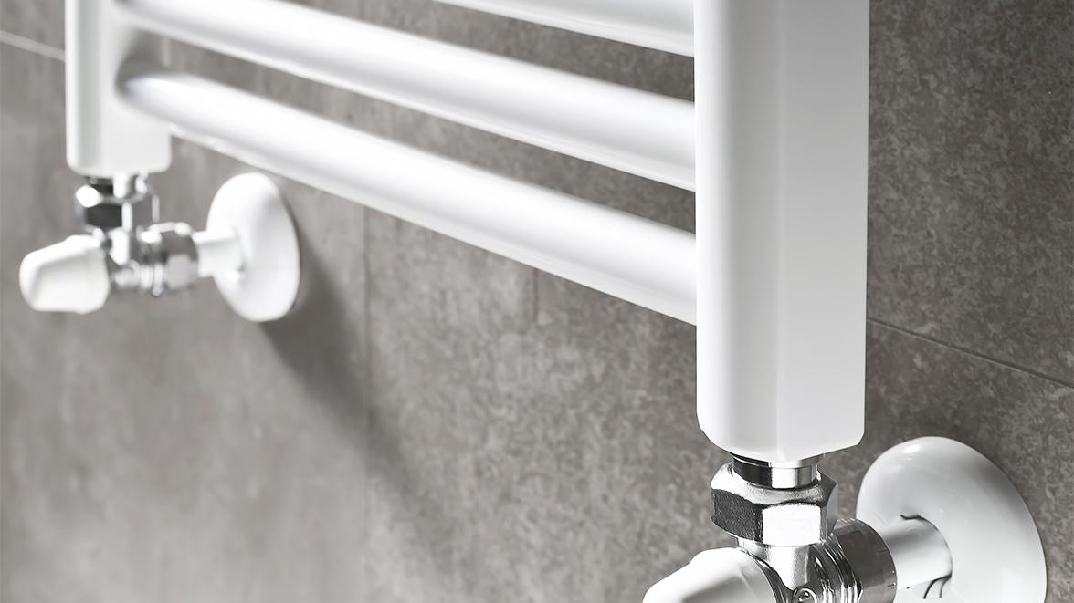 badheizk rper mit warmwasser bock neufahrn meister der elemente. Black Bedroom Furniture Sets. Home Design Ideas